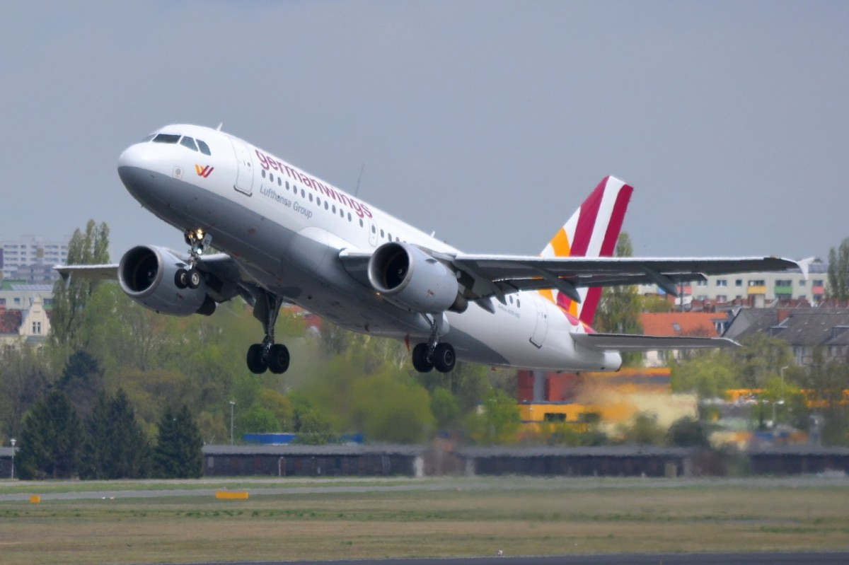 D-AKNG Germanwings Airbus A319-112    09.04.2014 Start in Tegel