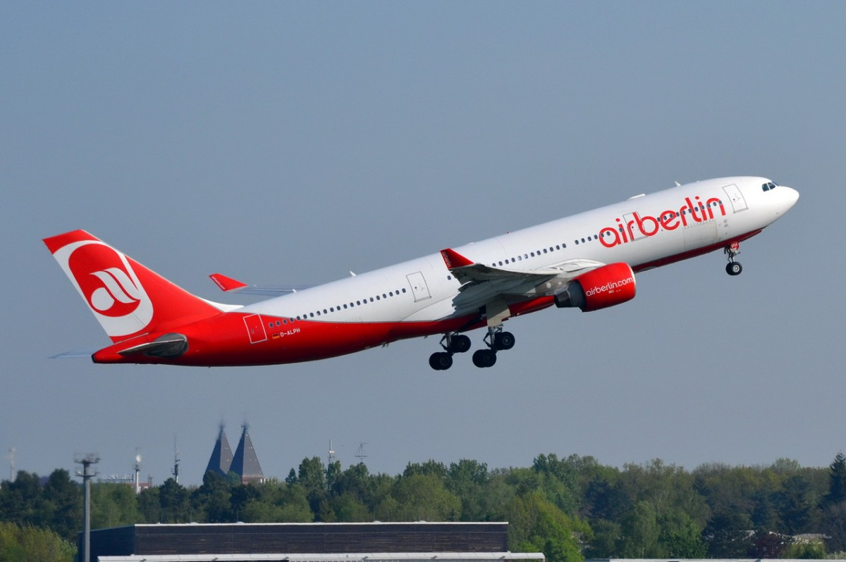 D-ALPH Air Berlin Airbus A330-223   gestartet in Tegel 25.04.2014