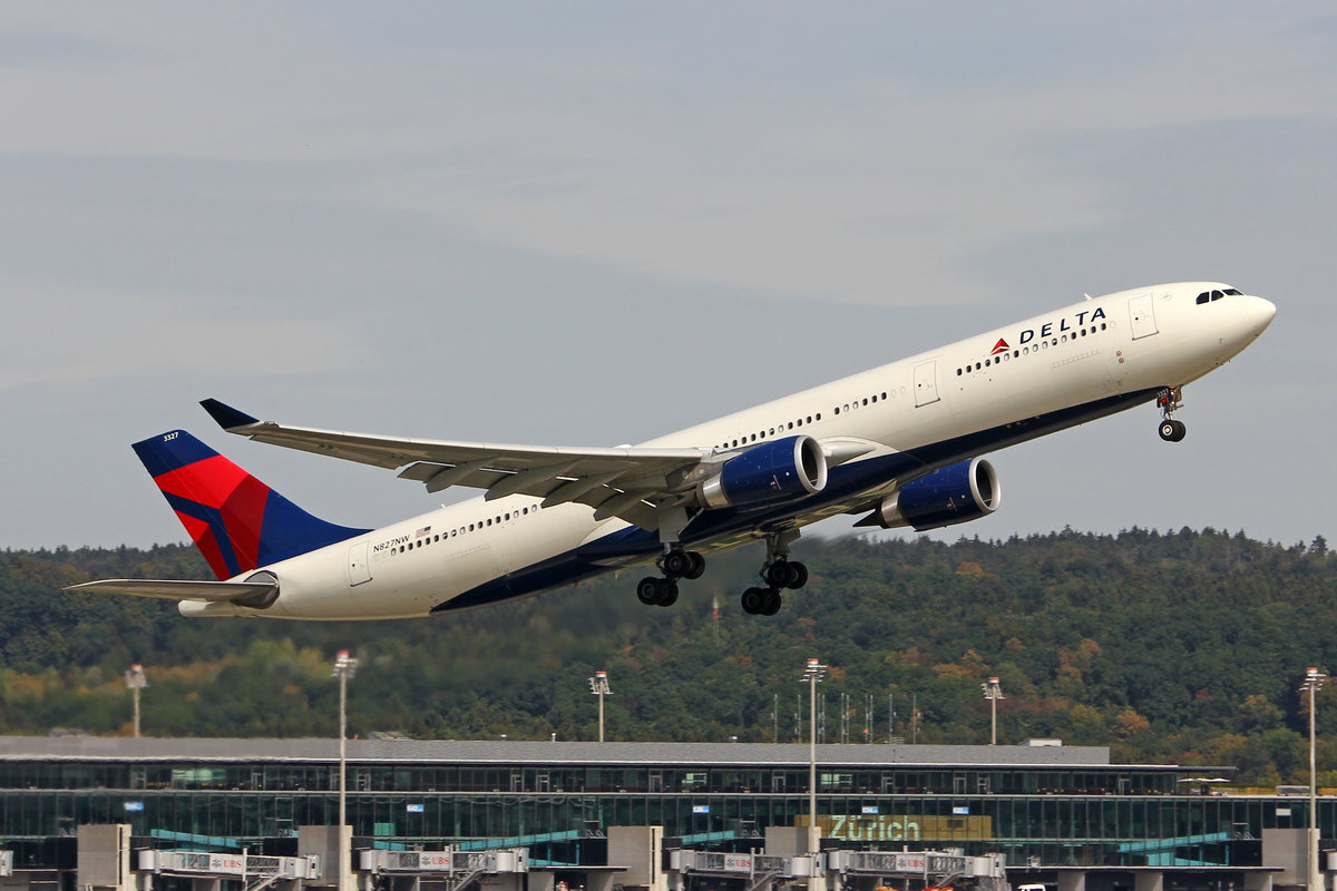 Delta Air Lines, N827NW, Airbus A330-301, msn: 1716, 10.September 2018, ZRH Zürich, Switzerland.