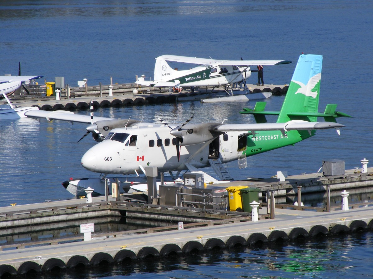 DHC-6 Twin Otter C-FWTE von Westcoast Air am Harbour Airprt in Vancouver (CXH) am 13.9.2013