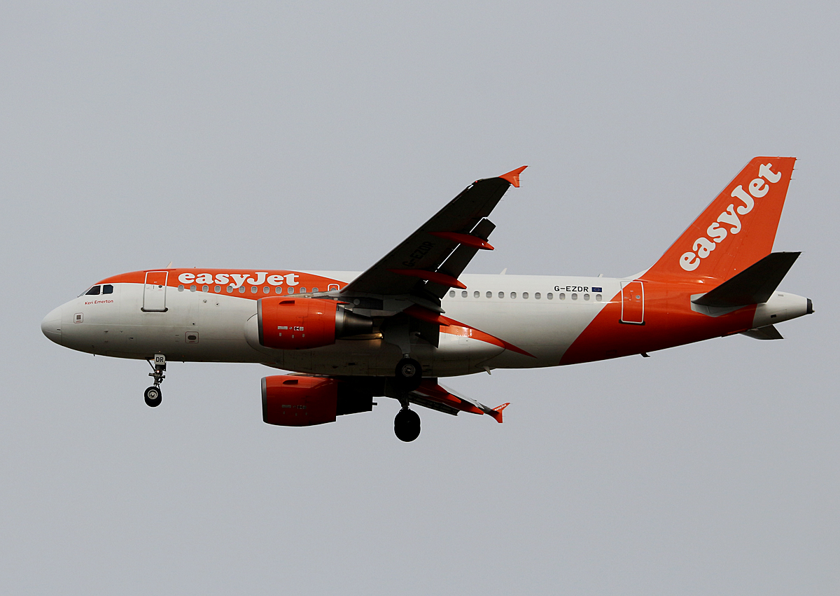 Easyjet, Airbus A 319-111, G-EZDR, SXF, 11.03.2017