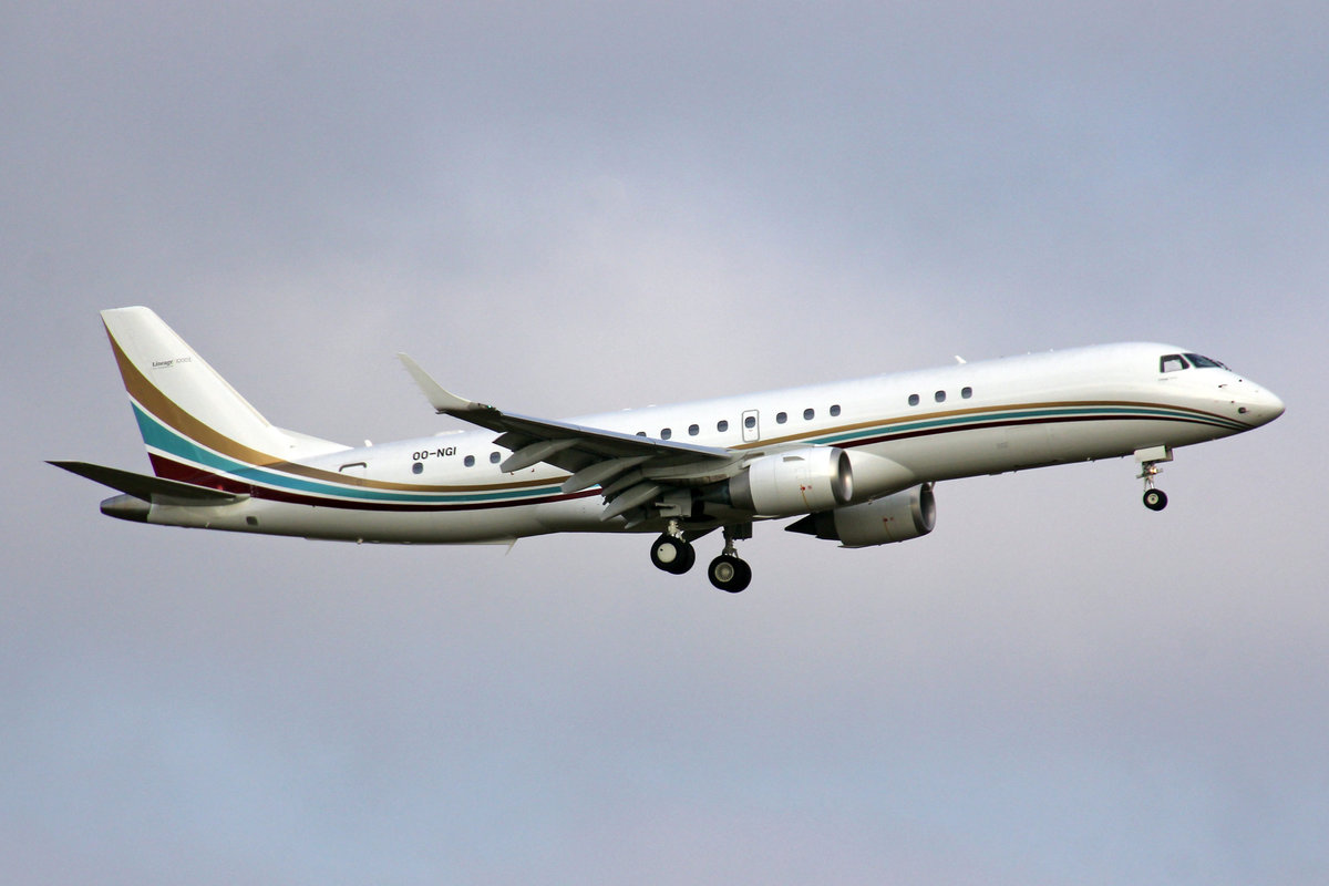 Flying Service, OO-NGI, Embraer Lineage 1000E, msn: 19000611, 26.Dezember 2018, ZRH Zürich, Switzerland.