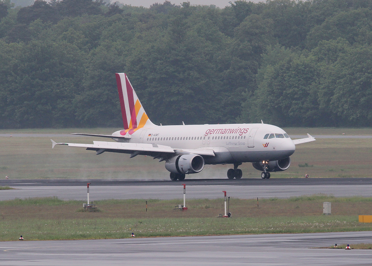 Germanwings A 319-132 D-AGWT nach der Landung in Berlin-Tegel am 18.05.2013