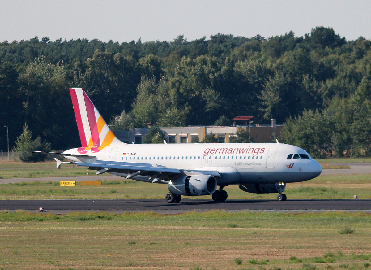 Germanwings A 319-132 D-AGWT nach der Landung in Berlin-Tegel am 06.09.2013