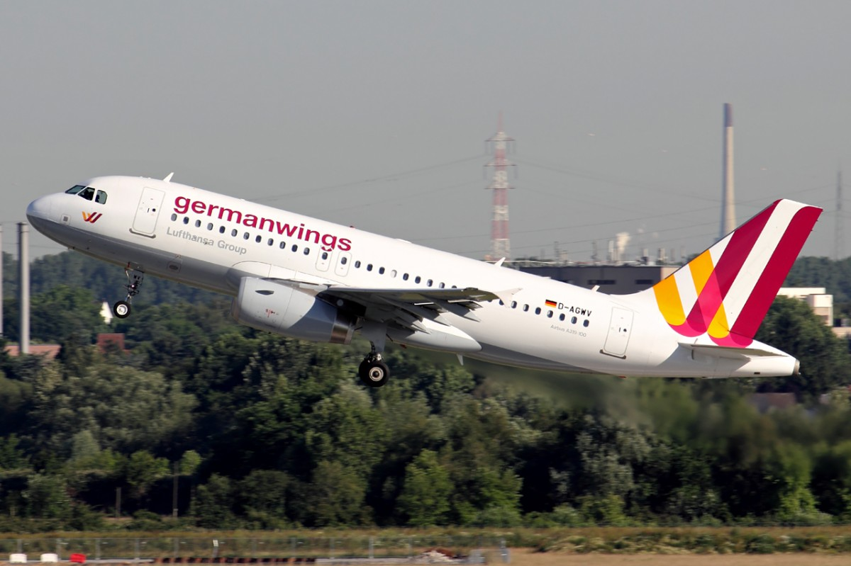 Germanwings D-AGWV beim Start in Düsseldorf 7.6.2014