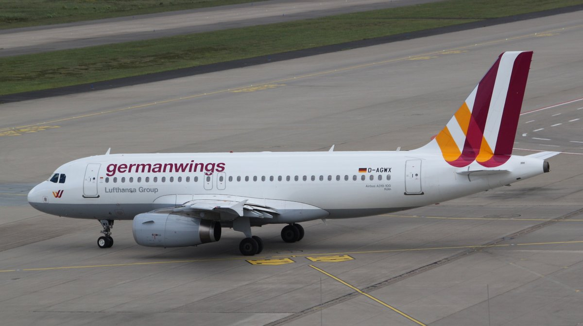 germanwings d agwx airbus a319 132 cgn eddk k ln bonn rollt zum start nach salzburg szg. Black Bedroom Furniture Sets. Home Design Ideas