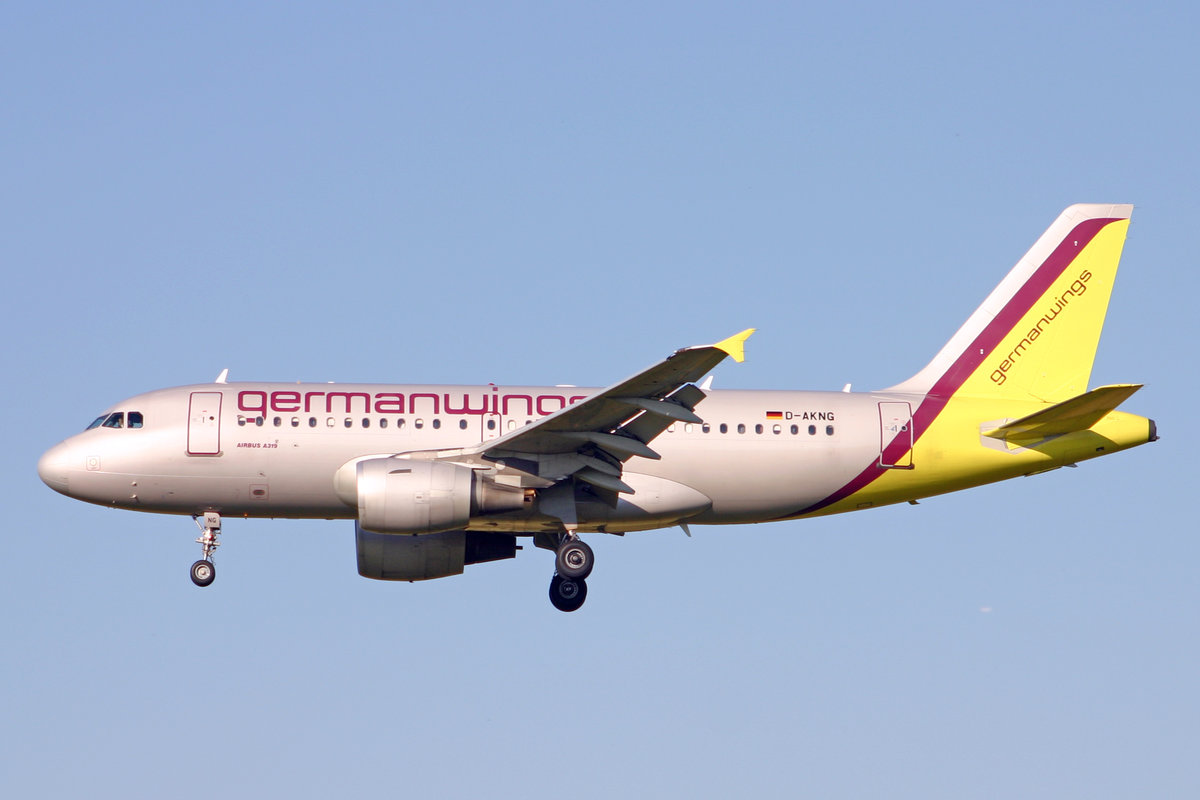 Germanwings, D-AKNG, Airbus A319-112, msn: 654, 19.Juni 2007, ZRH Zürich, Switzerland.