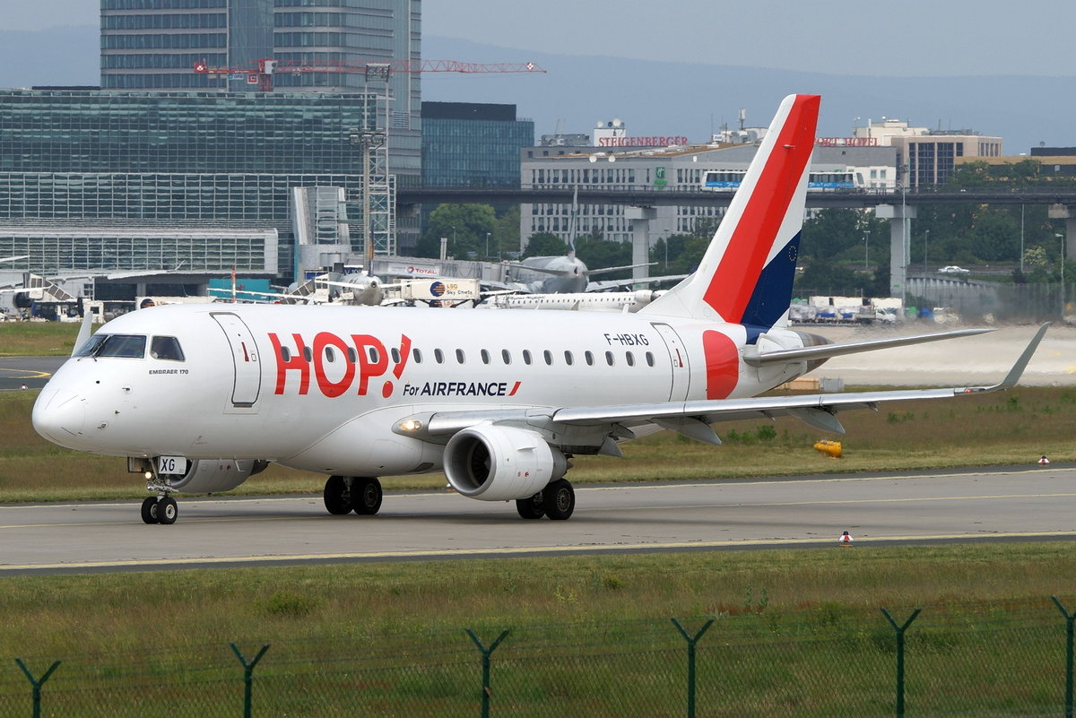 HOP!, Embraer ERJ-170STD (ERJ-170-100) F-HBXG, cn(MSN): 17000301,