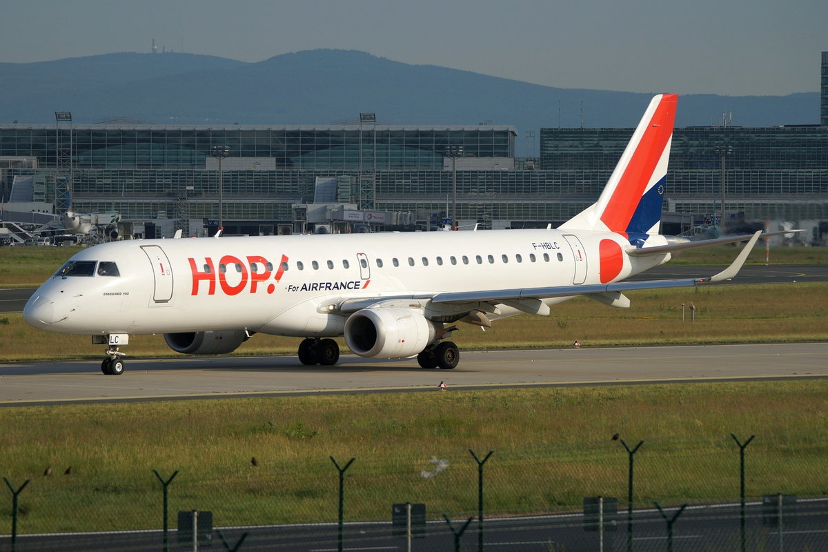 HOP!, Embraer ERJ-190LR (ERJ-190-100 LR), F-HBLC, cn(MSN): 19000080,