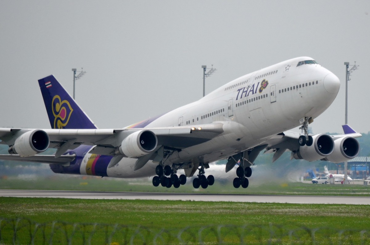 HS-TGF Thai Airways International Boeing 747-4D7  am 15.05.2015 in München gestartet