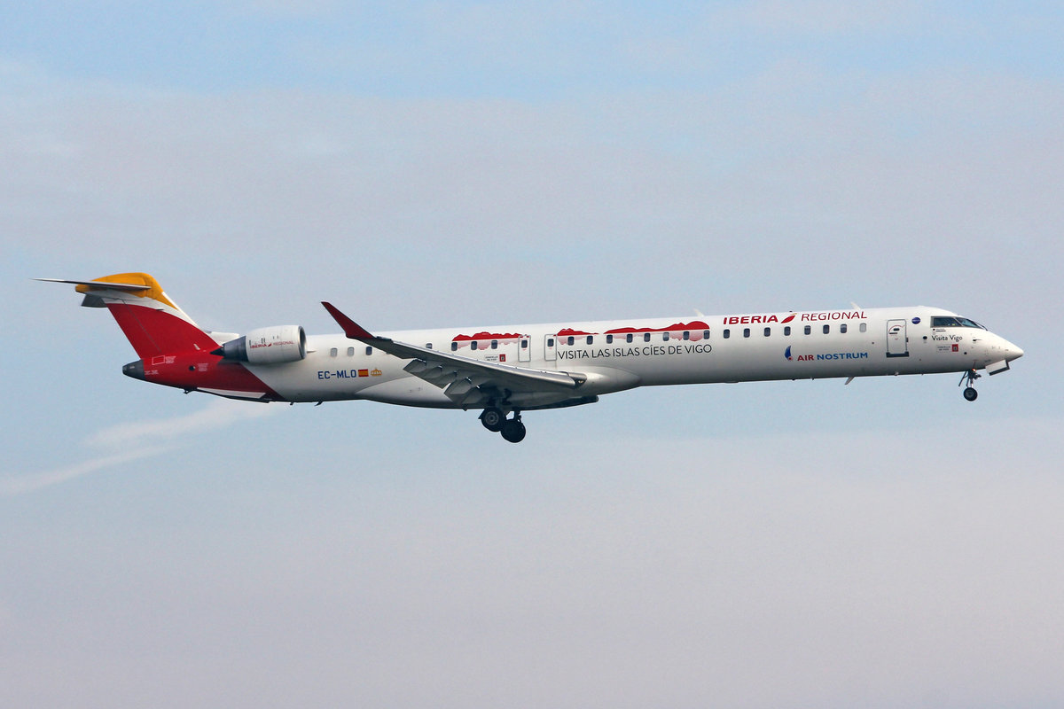 Iberia Regional (Operated by Air Nostrum), EC-MLO, Bombardier CRJ-1000, msn: 19050,  Vista Vigo , 23.Januar 2019, ZRH Zürich, Switzerland.