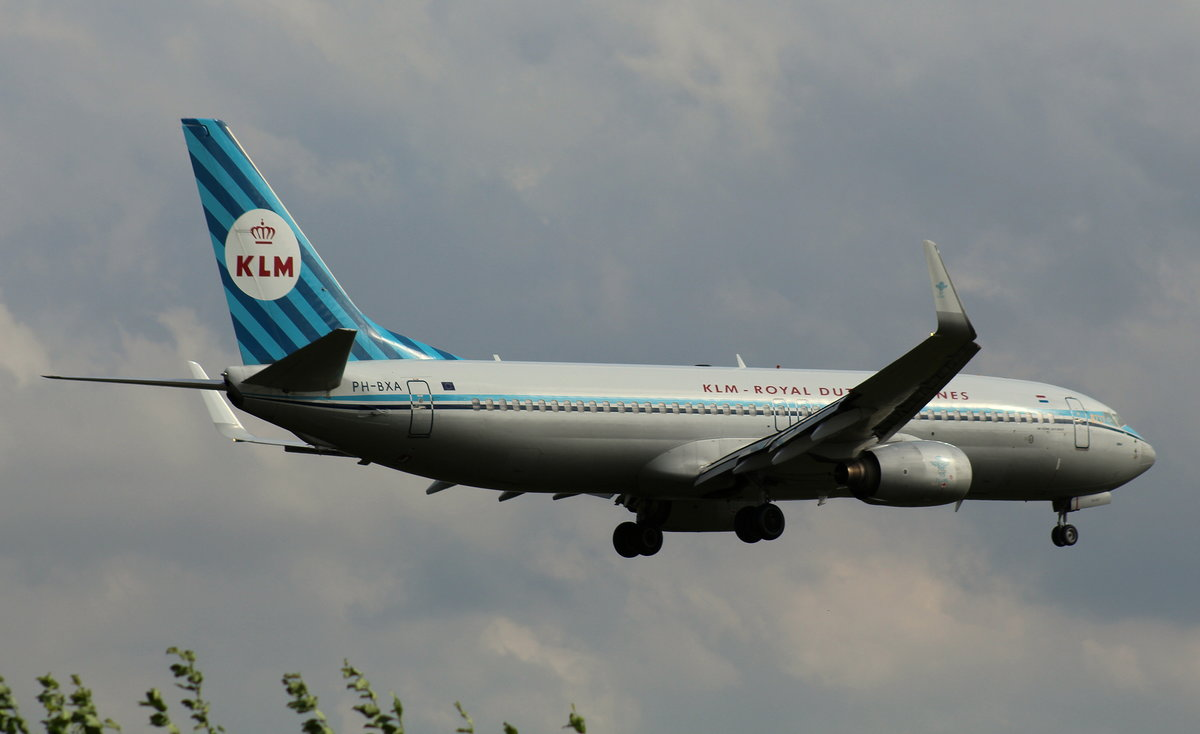 KLM Royal Dutch Airlines, PH-BXA, (c/n 29131),Boeing 737-8K5 (WL), 29.06.2016, HAM-EDDH, Hamburg, Germany (Retro cs. & Name: Zwaan)