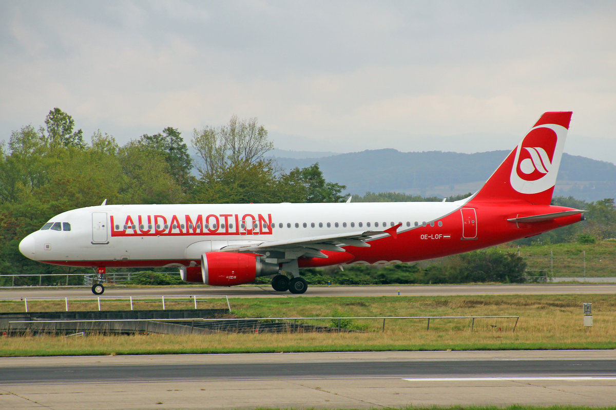 Laudamotion, OE-LOF, Airbus A320-214, msn: 4329, 03.September 2018, BSL Basel-Mülhausen, Switzerland.