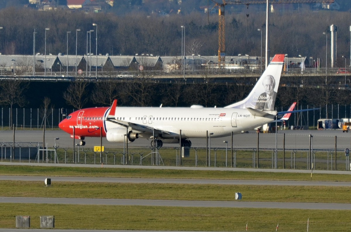 LN-NOT Norwegian Air Shuttle Boeing 737-8JP(WL)  zumStart am 07.12.2015 in München
