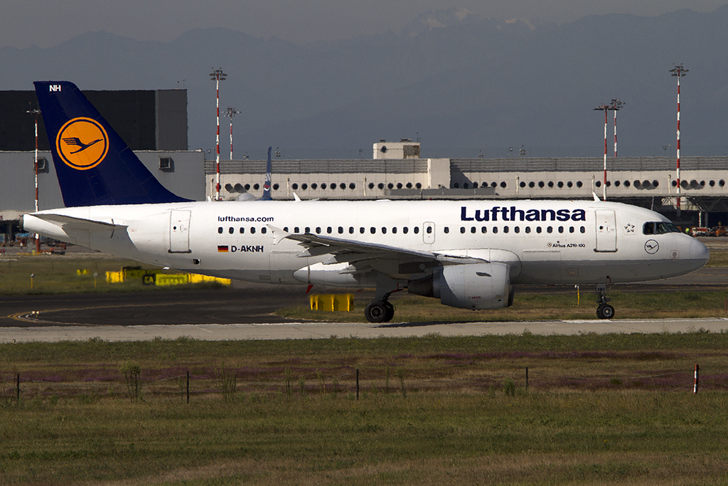 Lufthansa, D-AKNH, Airbus, A319-112, 14.09.2013, MXP, Mailand, Italy