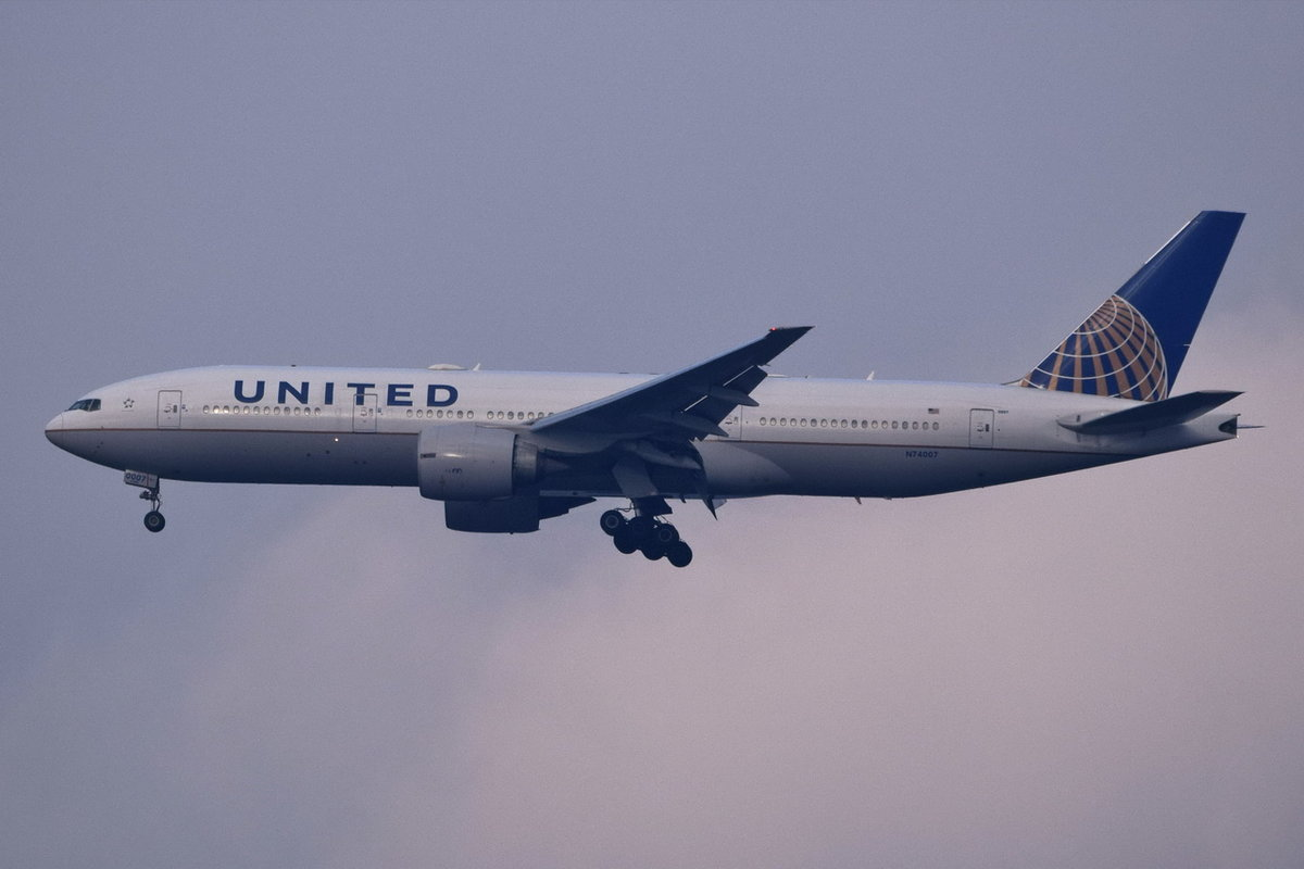 N74007 United Airlines Boeing 777-224(ER)  , FRA , 07.12.2017