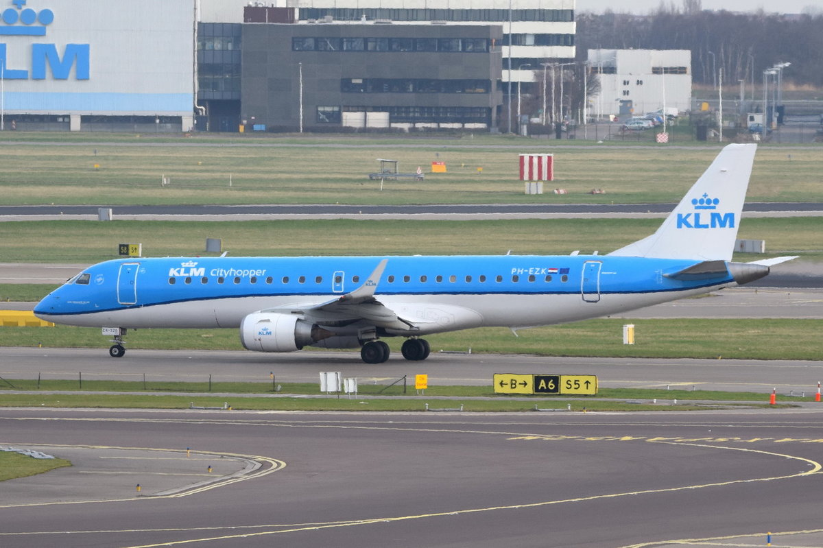 PH-EZK KLM Cityhopper Embraer ERJ-190STD (ERJ-190-100) , AMS , 11.03.2017