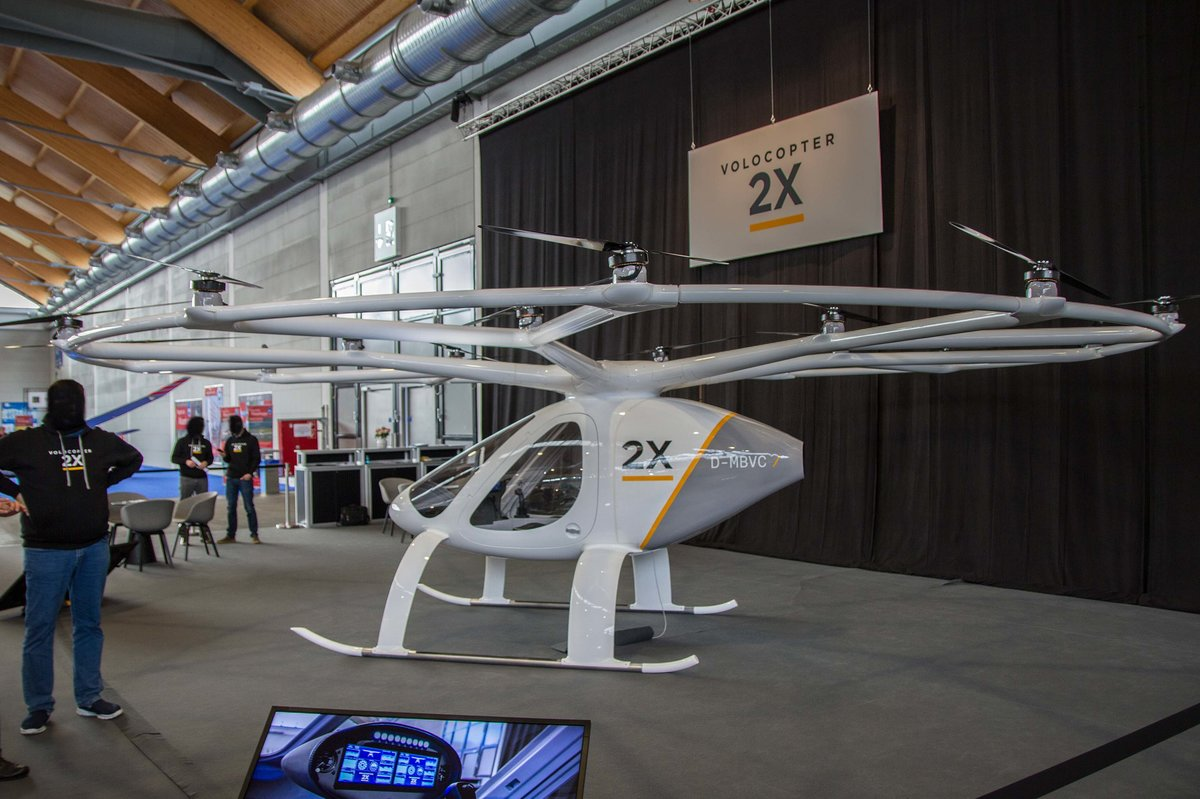 privat, D-MBVC, Volocopter, 2X, 07.04.2017, Aero '17, Friedrichshafen, Germany