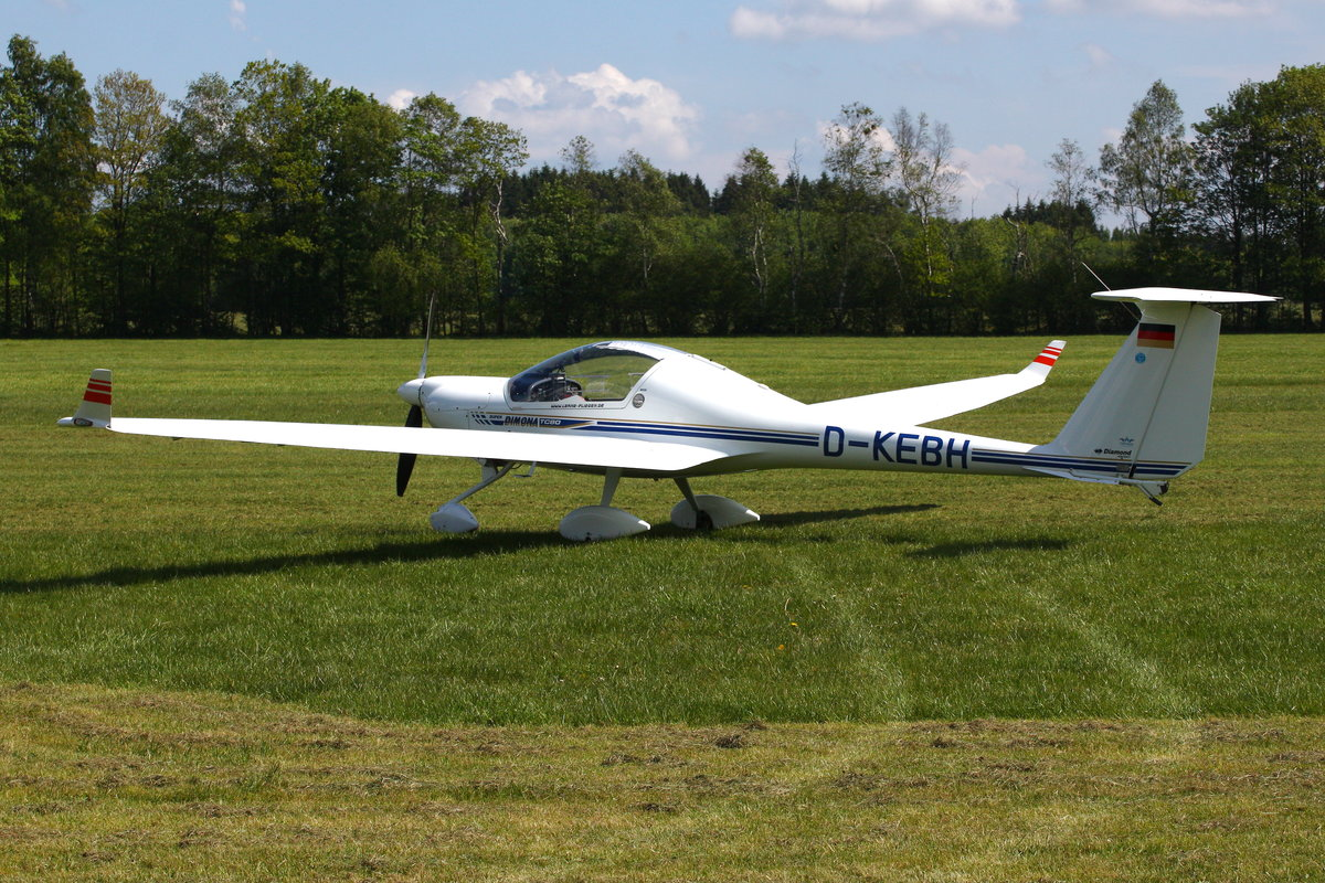 Privat, Diamond HK-36TC Super Dimona, D-KEBH. Ailertchen (EDGA), 25.05.2019.