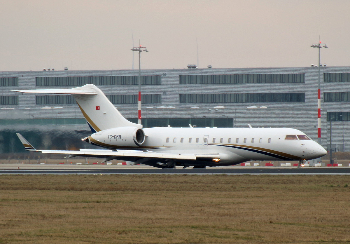 Private, BD-700-1A11 Global 5000, TC-KRM, SXF, 07.03.2019