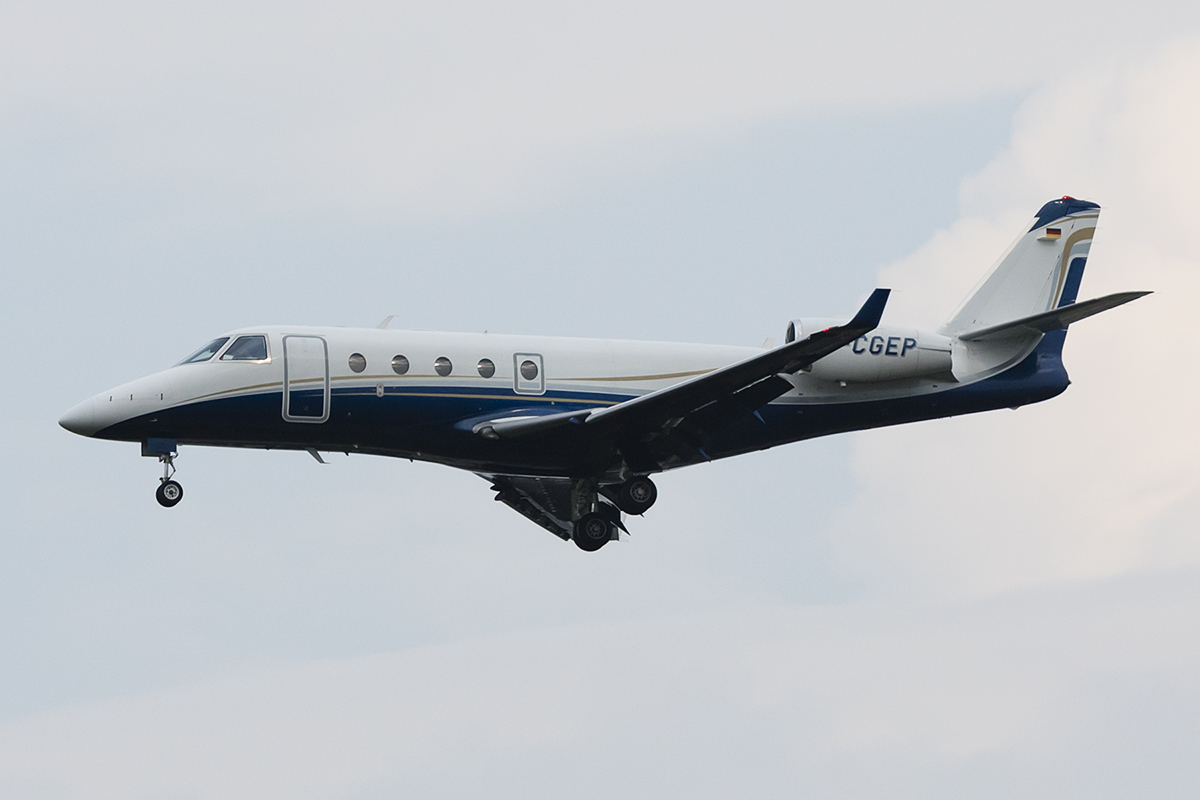 Private, D-CGEP, Gulfstream, G-150, 06.09.2018, MXP, Mailand, Italy