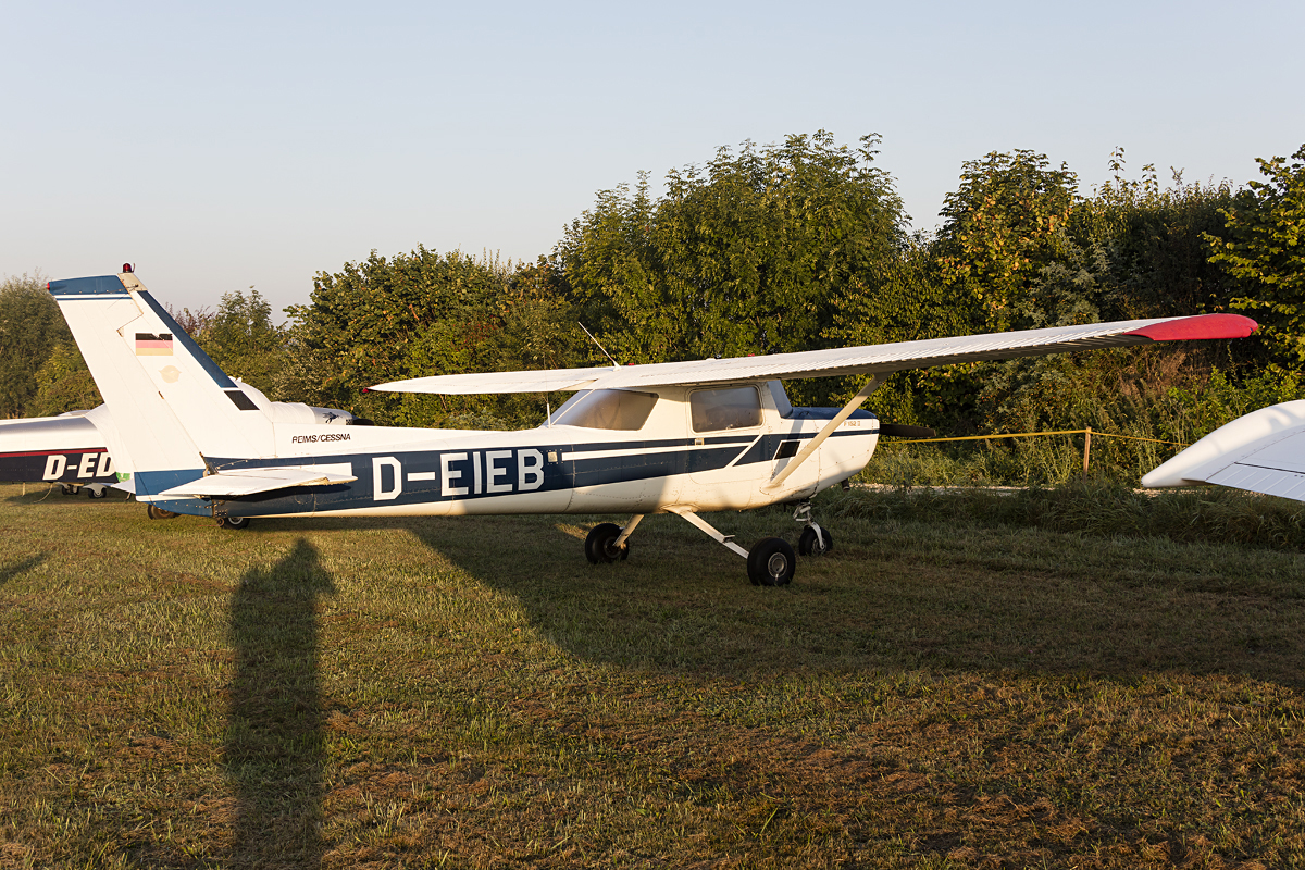 Private, D-EIEB, Reims-Cessna, F-152, 10.09.2016, EDST, Hahnweide, Germany