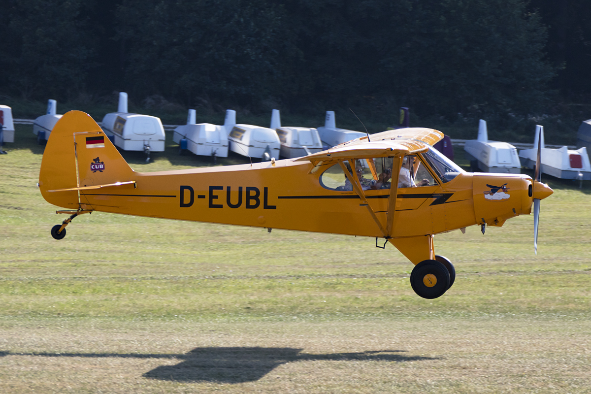 Private, D-EUBL, Piper, PA-18-135 Super Cub, 09.09.2016, EDST, Hahnweide, Germany