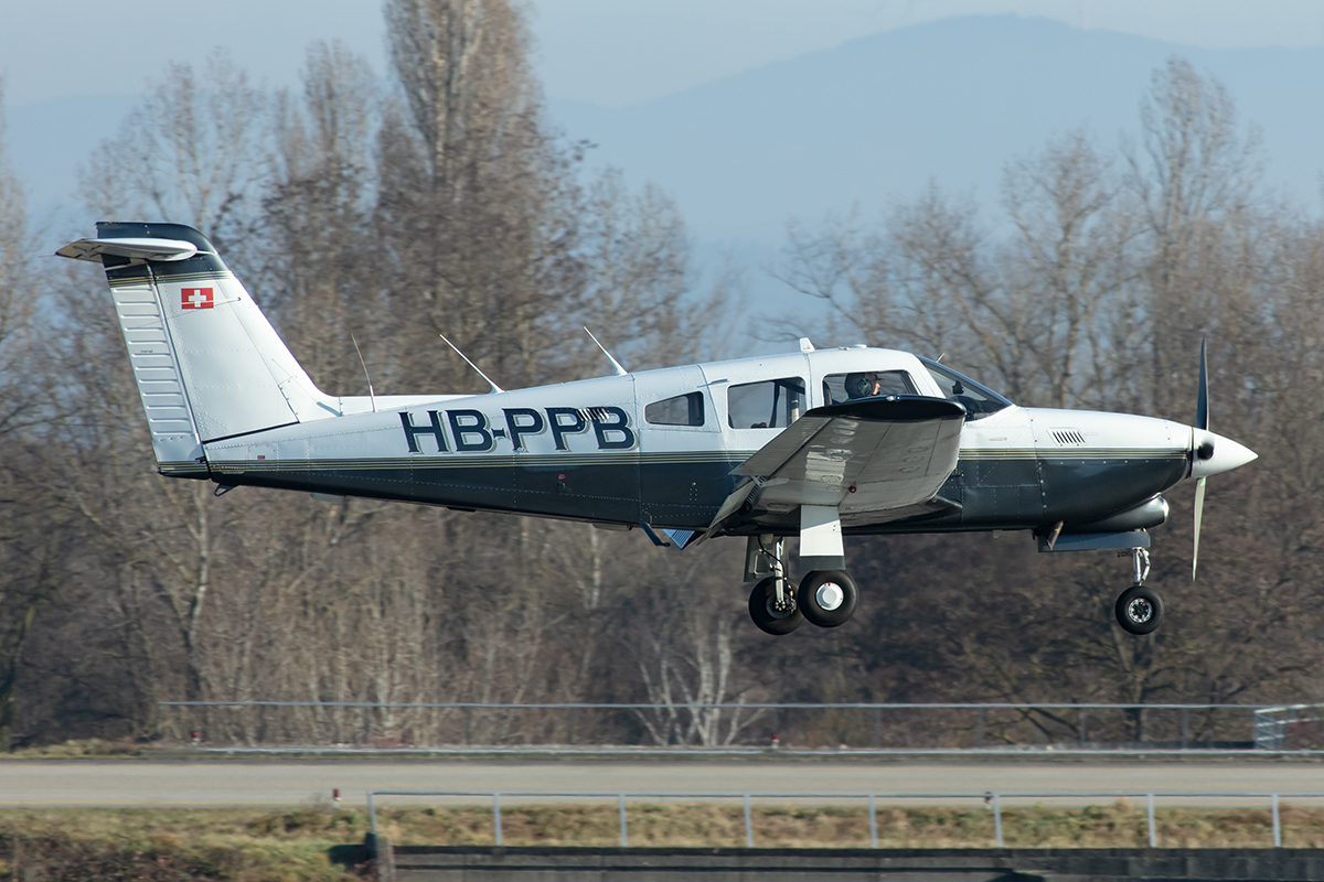Private, HB-PPB, Piper, PA-28RT-201T Turbo Arrow IV, 30.12.2019, BSL, Basel, Switzerland