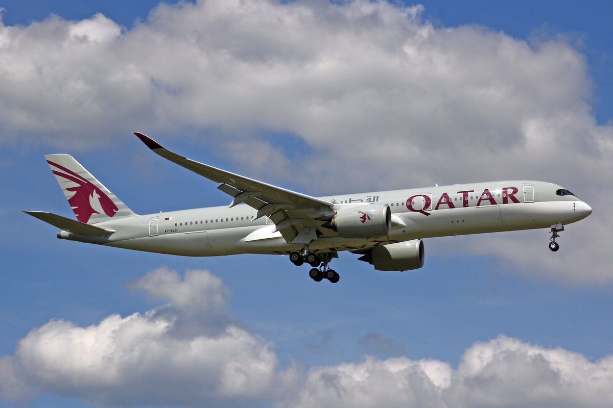 Qatar Airways, A7-ALC, Airbus A350-941, 21.Mai 2017, FRA Frankfurt am Main, Germany.