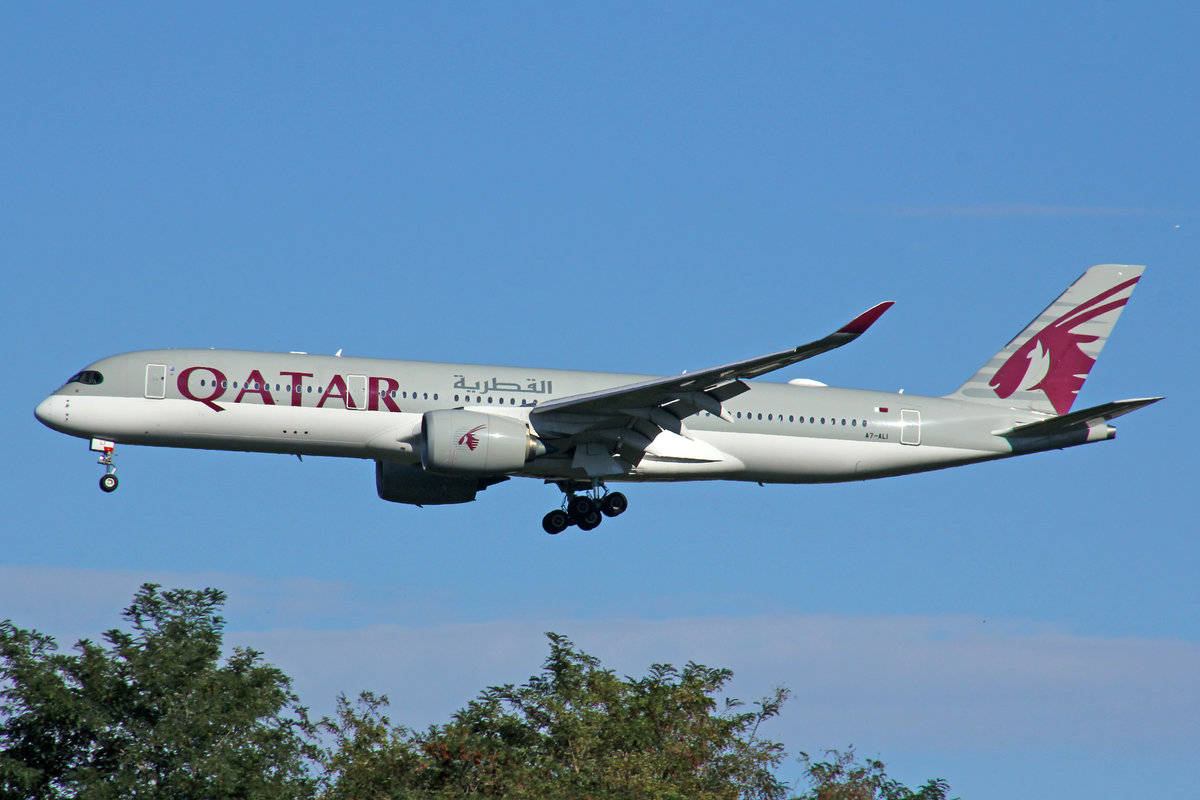 Qatar Airways, A7-ALI, Airbus A350-941, msn: 021, 28.September 2020, MXP Milano-Malpensa, Italy.