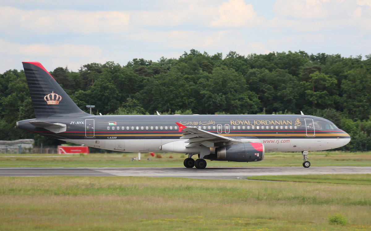 Royal Jordanian, JY-AYX,MSN 2953,Airbus A 320-232, 04.06.2017, FRA-EDDF, Frankfurt, Germany (Name: Madaba)
