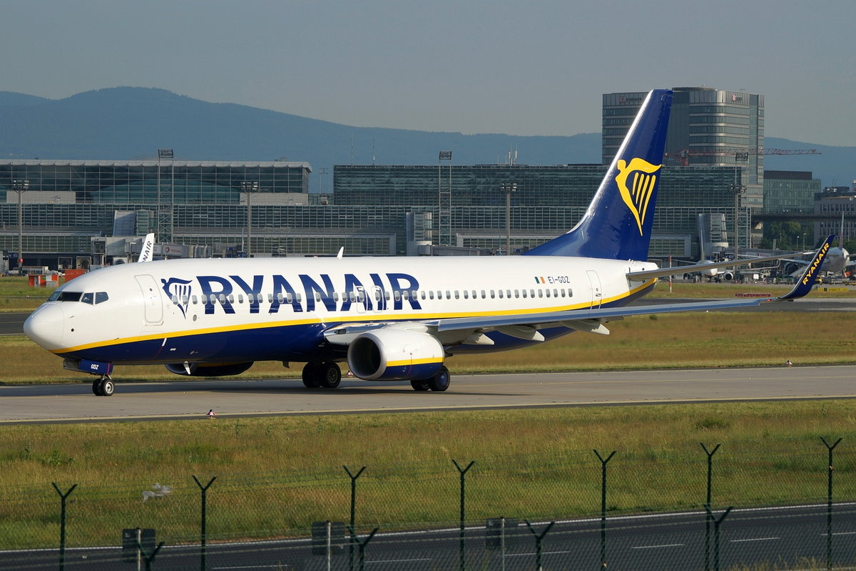 Ryanair, Boeing B737-8AS(WL), EI-GDZ, cn(MSN): 44820,