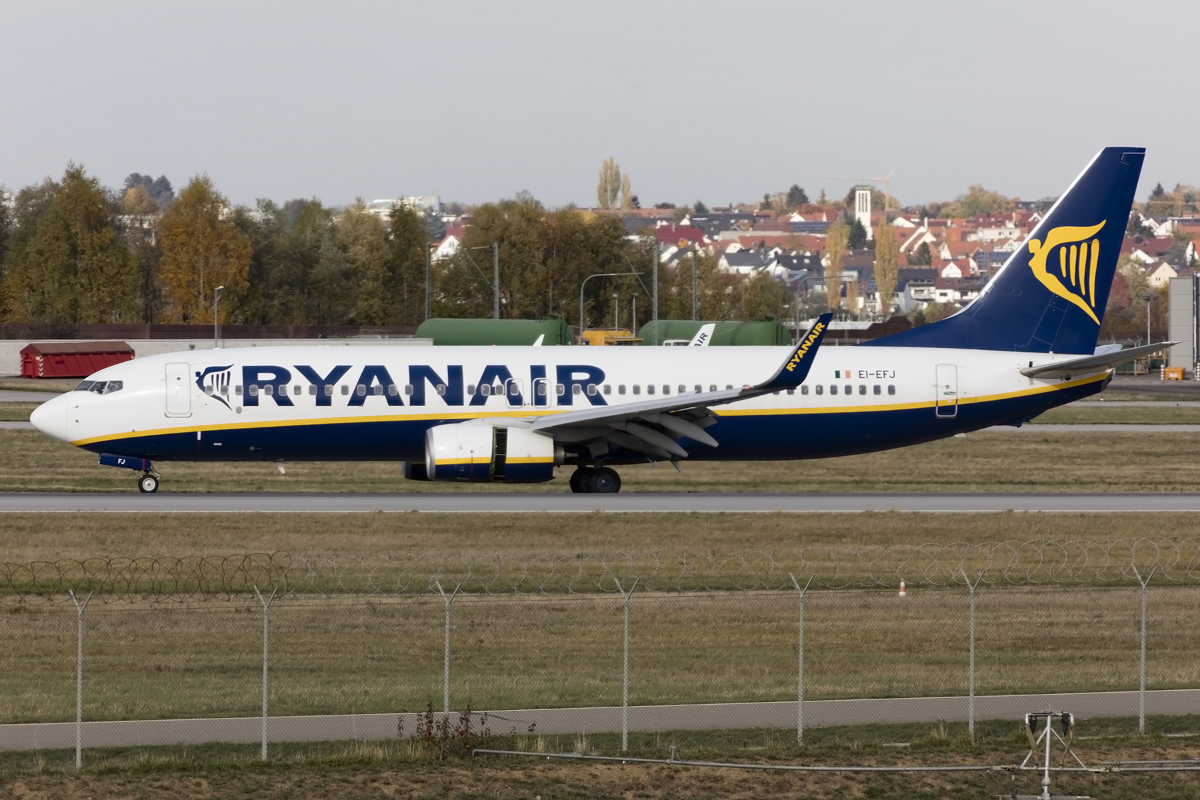 Ryanair, EI-EFJ, Boeing, B737-8AS, 24.10.2015, STR, Stuttgart, Germany