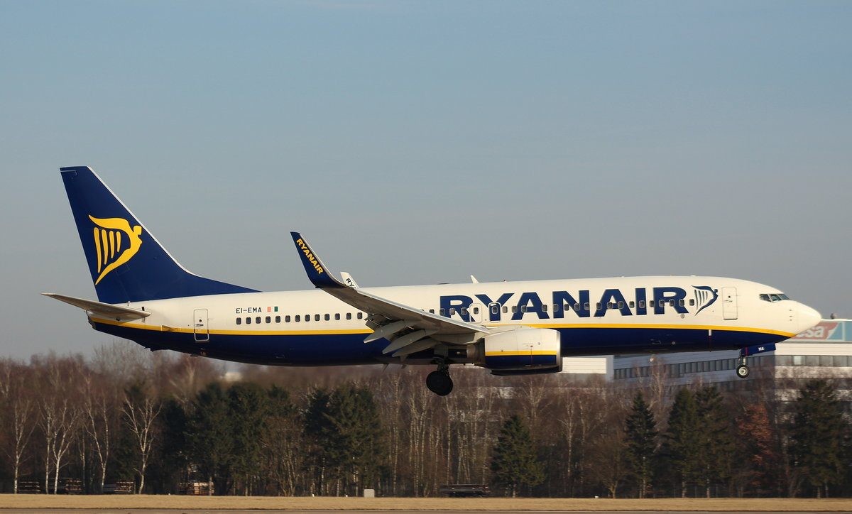 Ryanair, EI-EMA, (c/n 35032),Boeing 737-8AS(WL), 28.01.2017, HAM-EDDH, Hamburg, Germany
