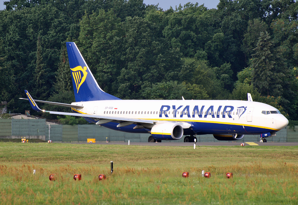 Ryanair Sun, Boeing B 737-8AS, SP-RSB, TXL, 04.08.2019