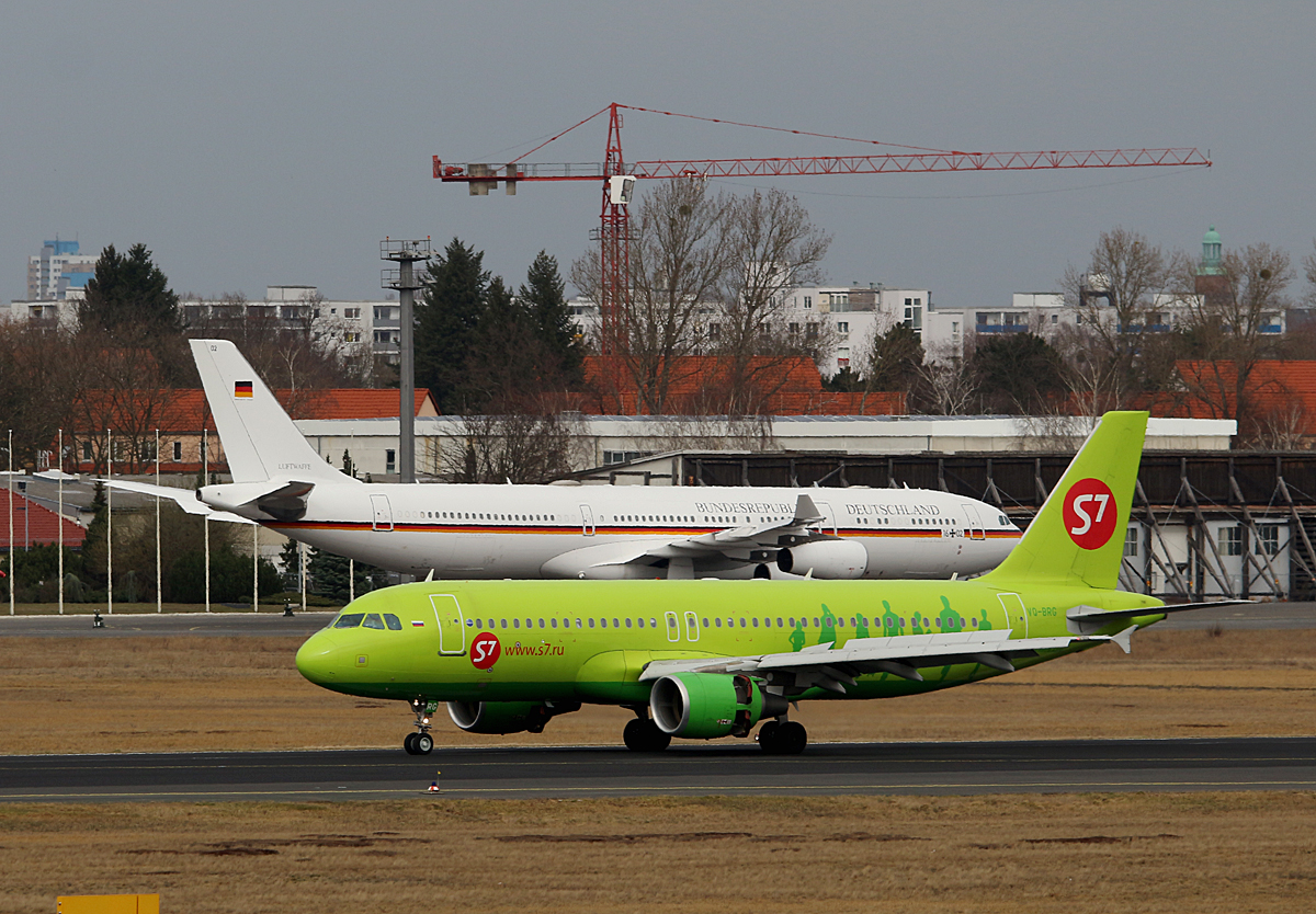 S 7 Airlines, Airbuus A 320-214, VQ-BRG, Germany Air Force, Airbus A 340-313X, 16+02, TXL, 16.03.2017