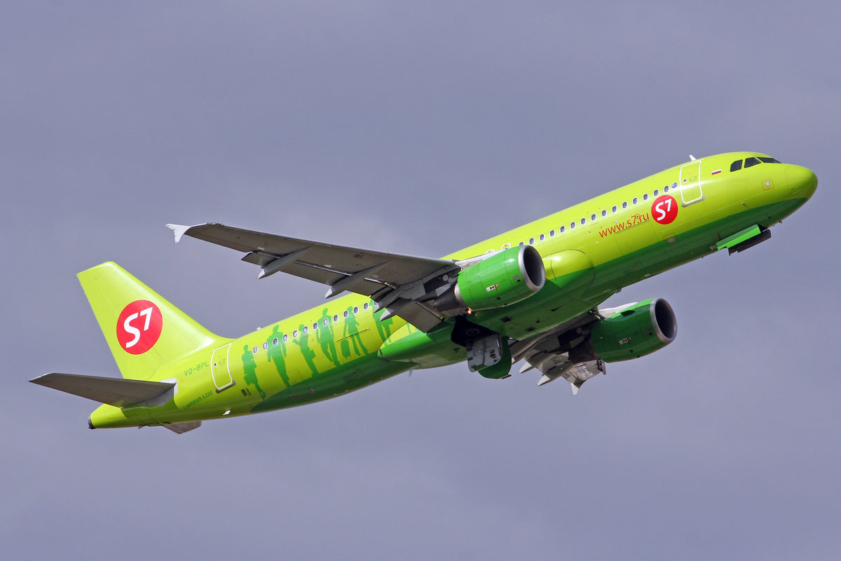 S7 Siberia Airlines, VQ-BPL, Airbus A320-214, msn: 5026, 10.Oktober 2014, MUC München, Germany.