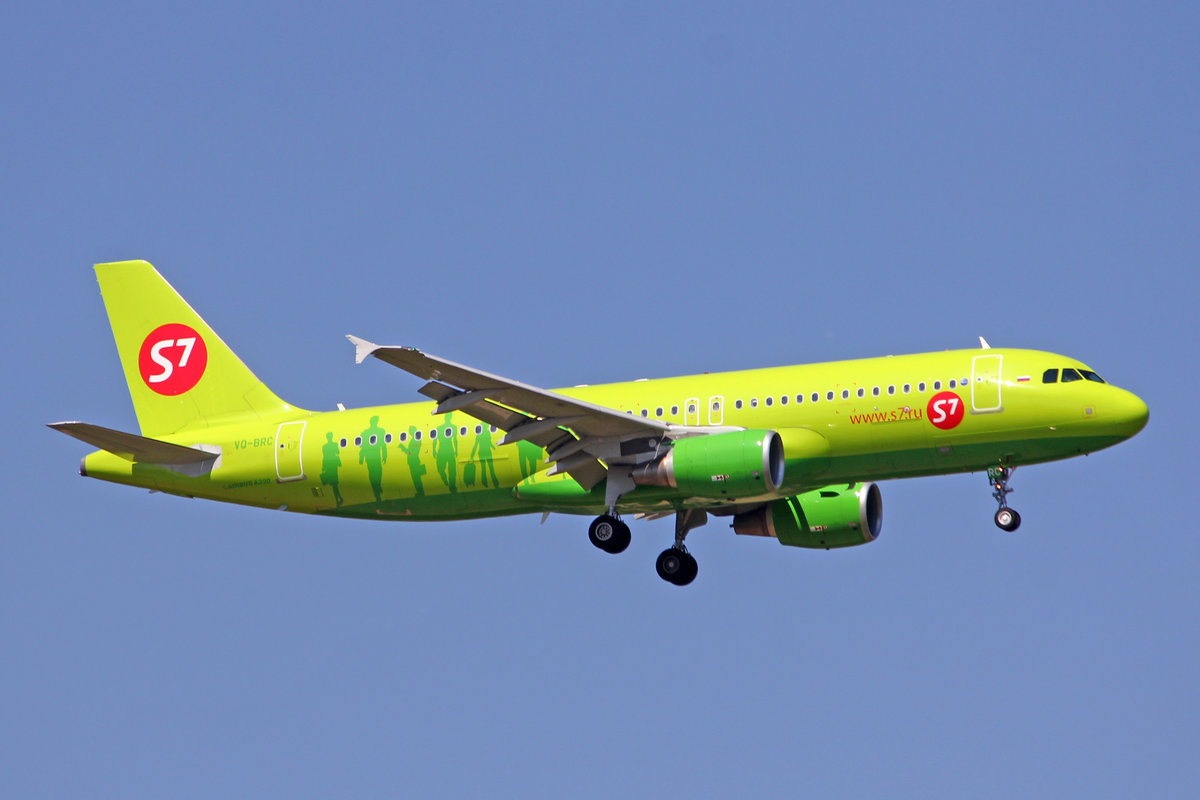 S7 Siberia Airlines, VQ-BRC, Airbus A320-214, msn: 5106, 18.August 2012, MUC München, Germany.