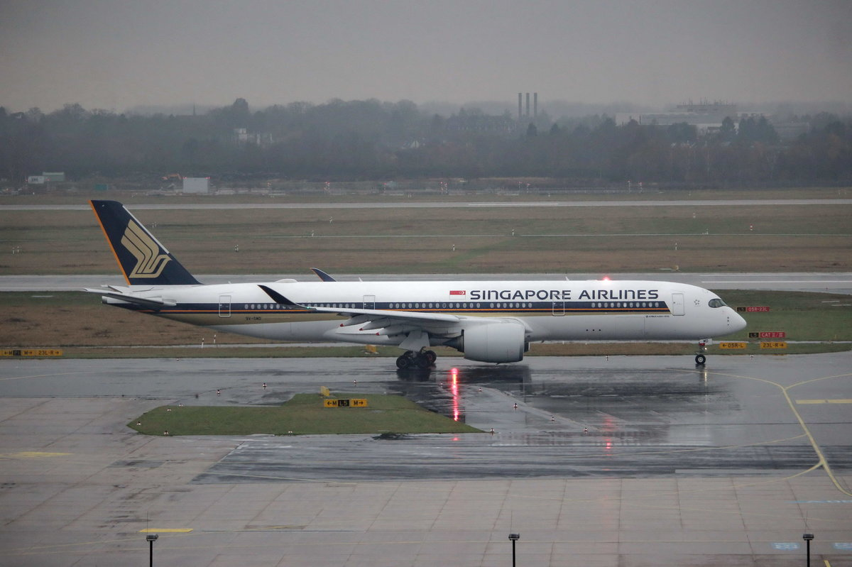 Singapore Airlines 9V-SMA A350-900 in Düsseldorf am 2.15.2016