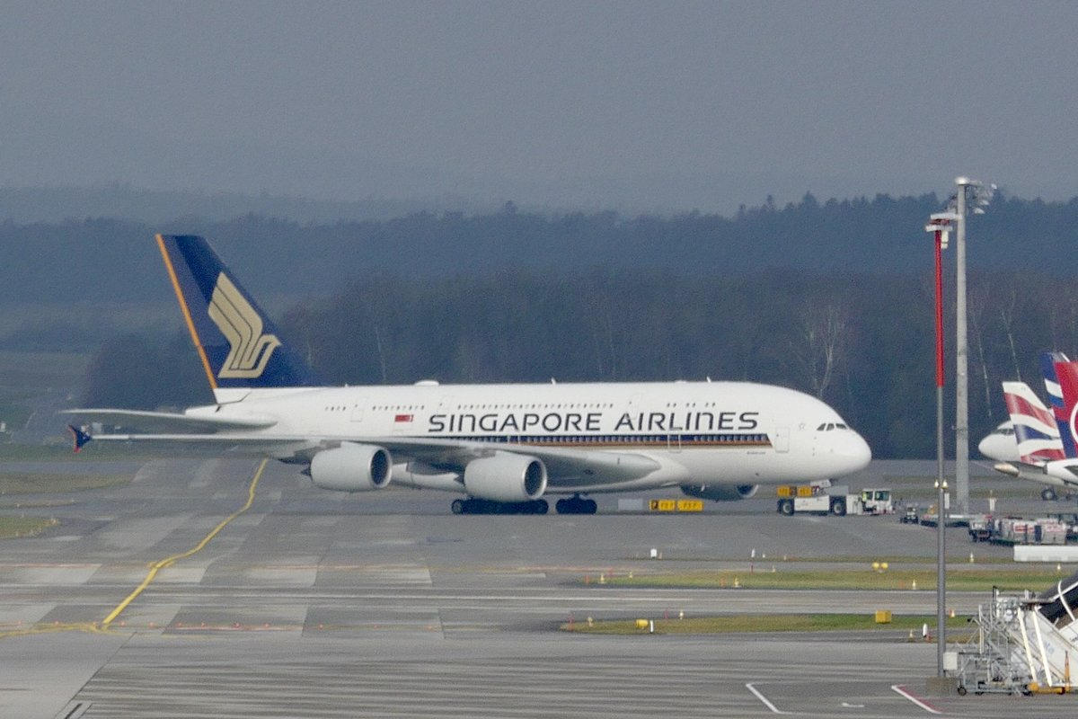 Singapore Airlines, A380-800, 9V-SKU, 28.12.19, Pushback in Zürich