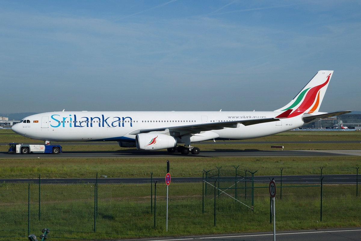 SriLankan Airlines Airbus A330-343 4R-ALO  City of Senkadagalapura , cn(MSN): 1650,