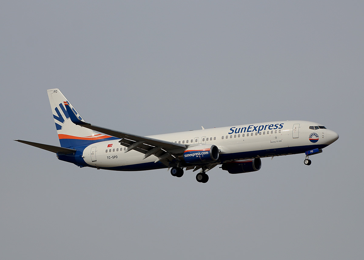 SunExpress, Boeing B 737-8AS, TC-SPD, BER, 10.03.2021
