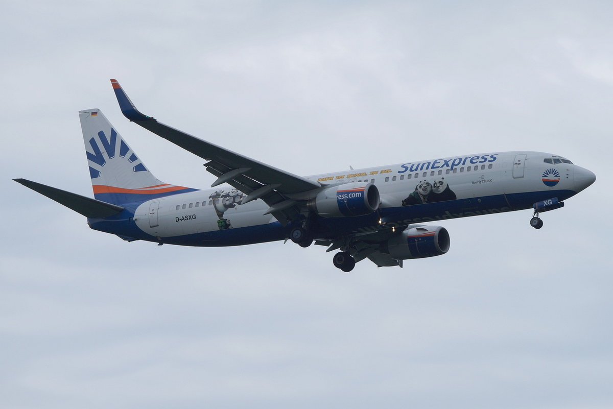 SunExpress Germany Boeing B737-8CX(WL) D-ASXG, cn(MSN): 32366,  Kung Fu Panda 3 ,