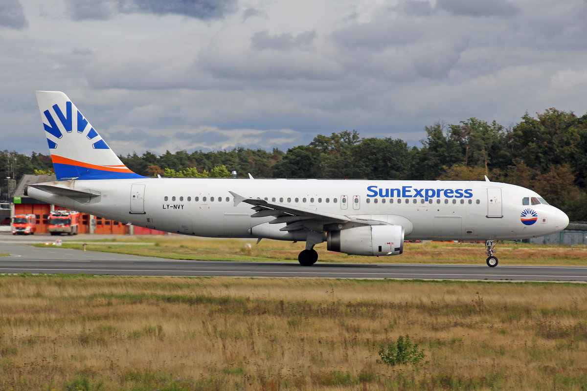 SunExpress (Operated by Avion Express), LY-NVY, Airbus A320-232, msn: 1909, 28,September 2019, FRA Frankfurt, Germany.