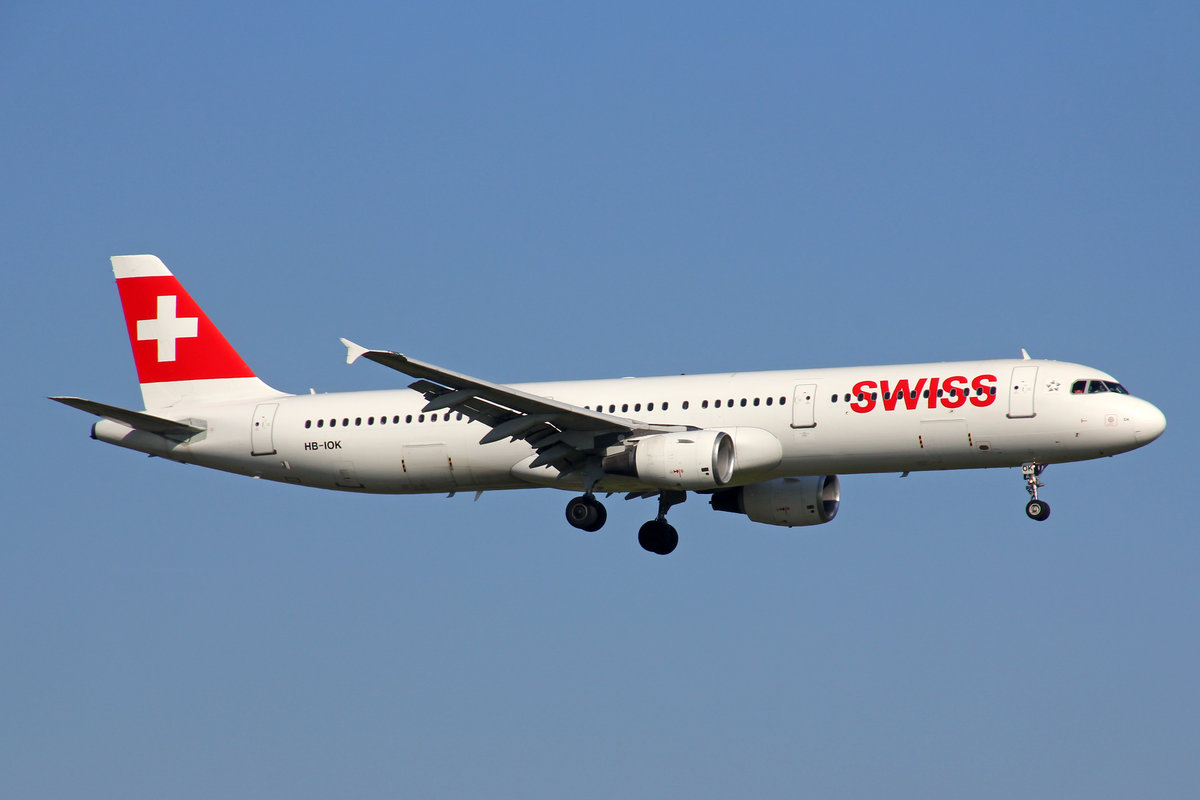 SWISS International Air Lines, HB-IOK, Airbus A321-111, msn: 987, 26,Oktober 2019, ZRH Zürich, Switzerland.