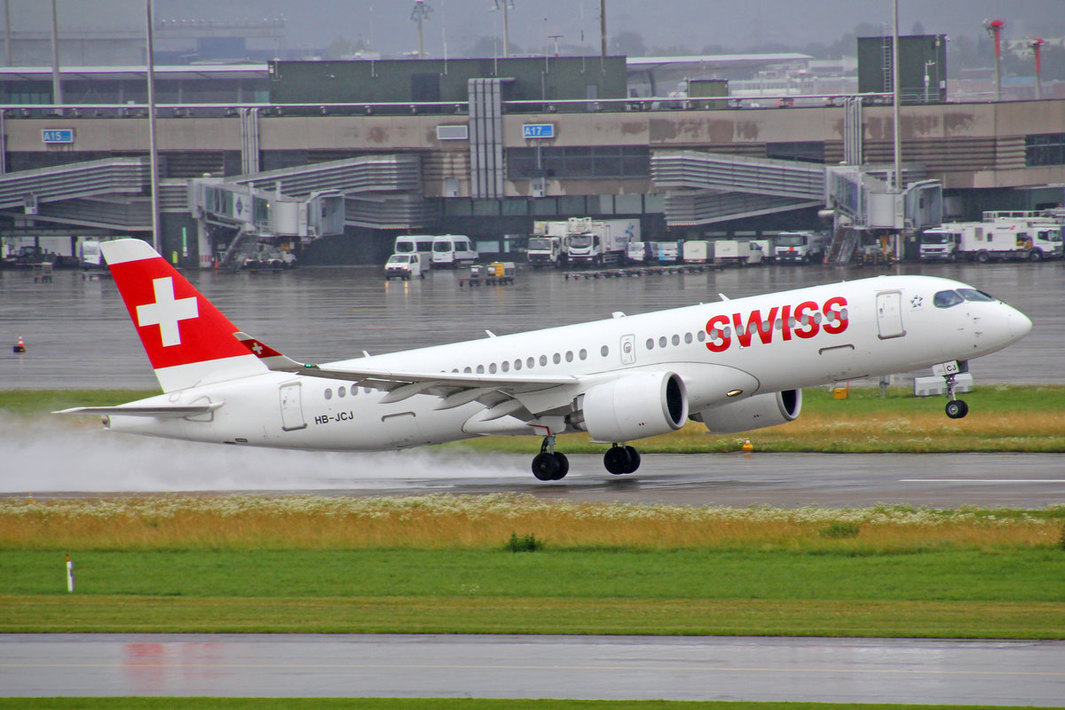 SWISS International Air Lines, HB-JCJ, Bombardier CS-300, msn: 55025, 11.Juli 2020, ZRH Zürich, Switzerland.