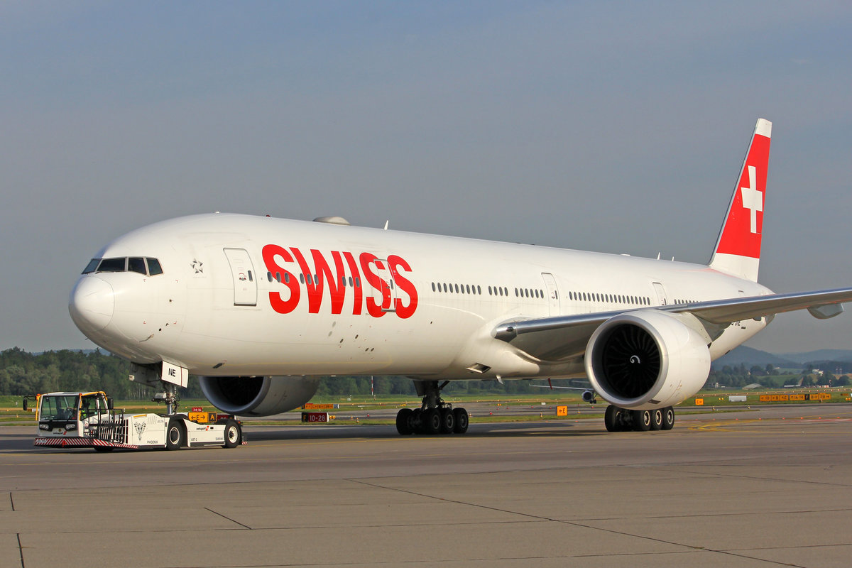 SWISS International Air Lines, HB-JNE, Boeing 777-3DEER, msn: 44586/1409, 06.Juli 2019, ZRH Zürich, Switzerland.