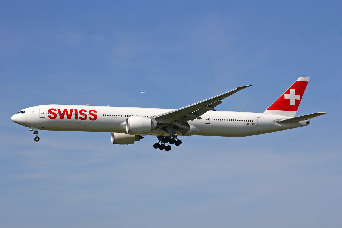 SWISS International Air Lines, HB-JNG, Boeing777-3DEER, msn: 62752/1471, 01.August 2019, ZRH Zürich, Switzerland.