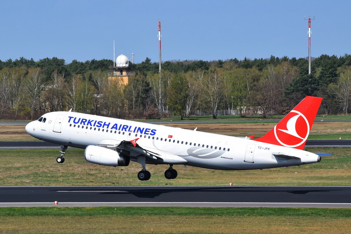 TC-JPK Turkish Airlines Airbus A320-232  , TXL , 17.04.2018