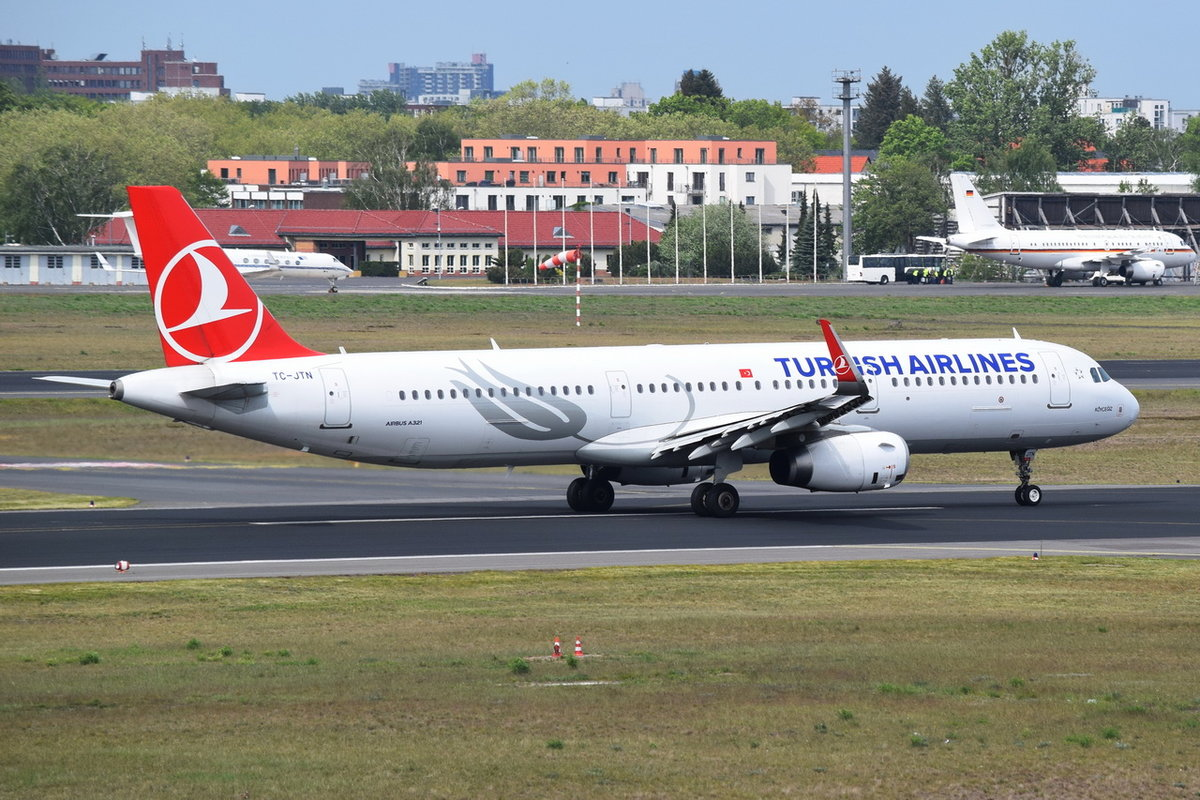 TC-JTN Turkish Airlines Airbus A321-231(WL) , 08.05.2019 , TXL